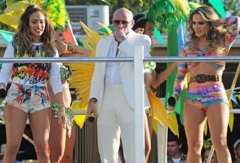 Pitbull, Jennifer Lopez y la brasileña Claudia Leitte grabaron la canció...