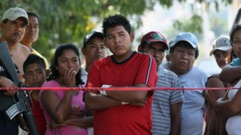 En varias partes de México se vive una violencia desenfrenada, a causa d...