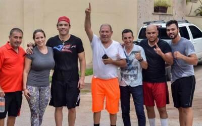 Rafael Chávez y su familia