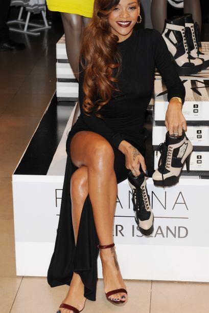 Rihanna no se ha limitado a gozar de las mieles del éxito en el ámbito d...