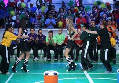 En esta ocasión fueron las chicas quienes participaron en el juego.