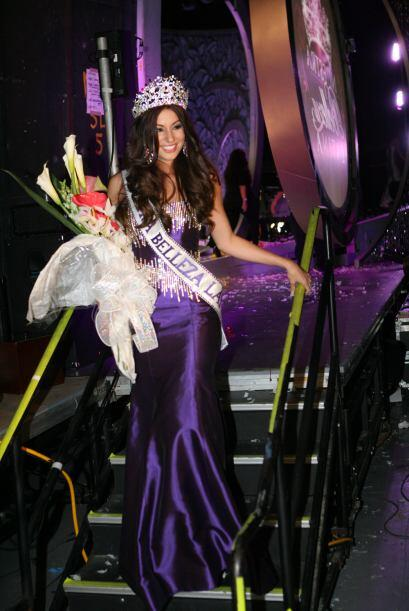 Y finalmente Nastassja Bolívar ganó la corona de Nuestra Belleza Latina...
