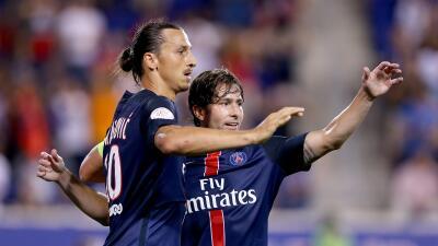 Maxwell e Ibrahimovic jugaron juntos en Ajax, Inter, Barcelona y PSG.