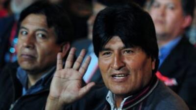 Morales viaja a La Habana a visitar a Chávez.