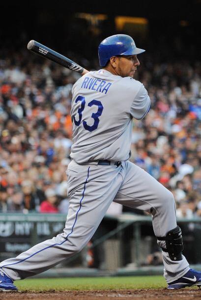 LF. Juan Rivera. Dodgers de Los Ángeles. El venezolano bateó para un imp...