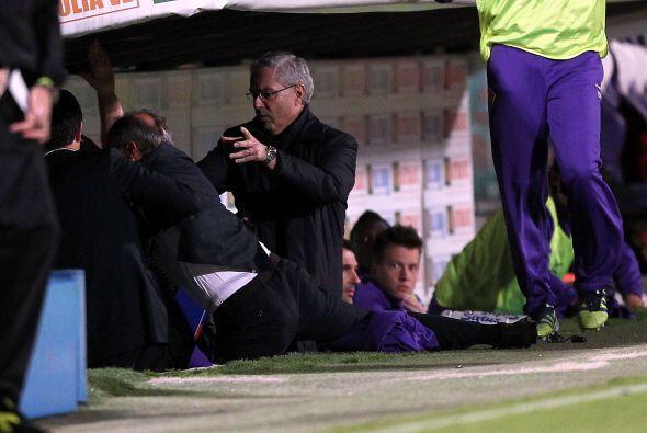 Delio Rossi Vs. Adem Ljajic. Delio Rossi, entrenador de Fiorentina en el...