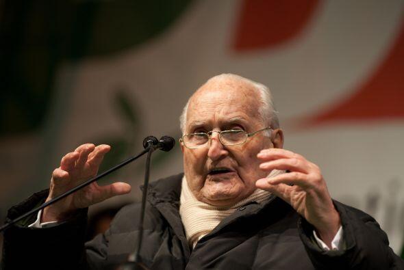 29 de enero. Oscar Luigi Scalfaro, 93 años de edad. Ex presidente de Ita...