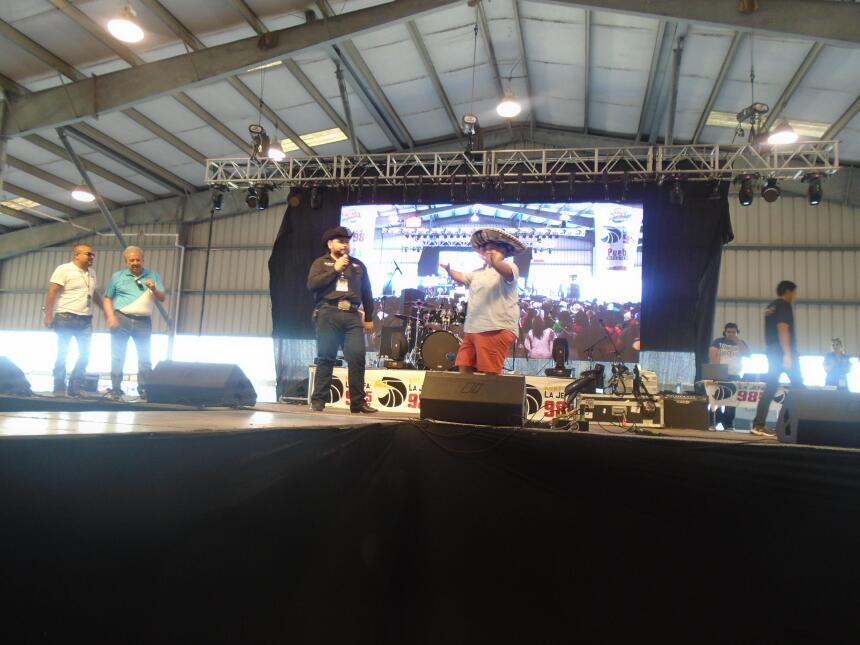 La familia de Univision McAllen en Fiestas Patrias 2016 DSC02856.JPG