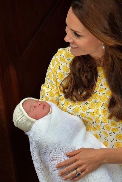 Y donde hace treinta y un años nació el príncipe Guillermo, su padre.