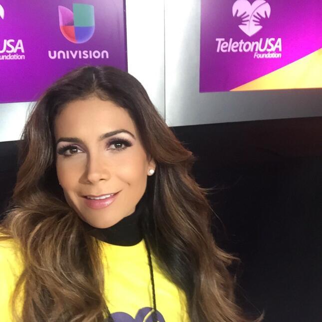 Paty Manterola Teletón USA 2015