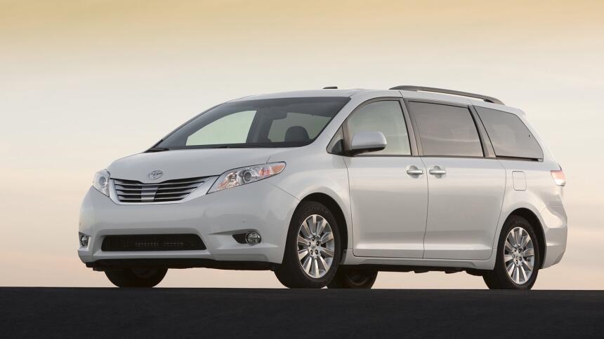Estos son los autos más confiables de Estados Unidos Toyota-Sienna-2011-...