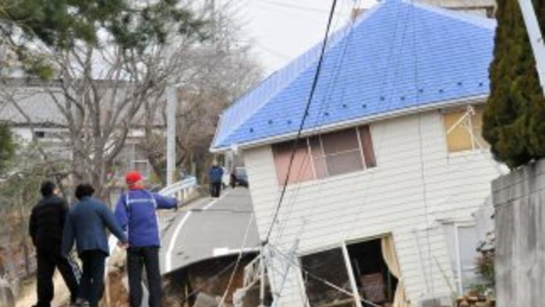Destrucción y muerte dejaron el terremoto y el tsunami registrados en Ja...