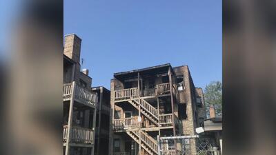 Al menos 60 personas se quedan sin hogar luego de que un voraz incendio consumiera un edificio