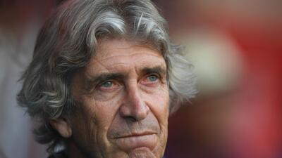 Alerta para 'Chicharito': West Ham ganó amistoso contra Aston Villa con comodidad