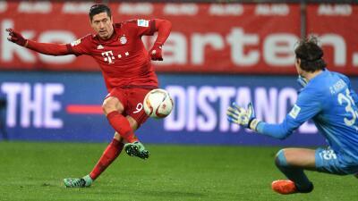 Bayern se impone al Augsburgo con doblete de Lewandowski