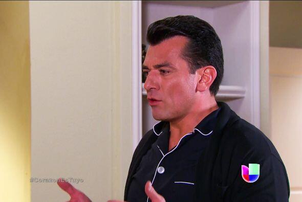 No te hagas Fernando, volviste a sentir mariposas en el estómago al verl...