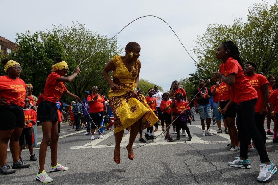 Energía había para regalar en las distintas demostraciones en el desfile.