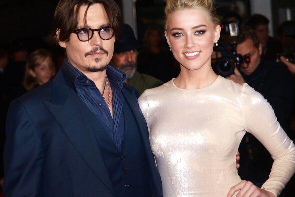 Se casó con la hermosa Amber Heard.