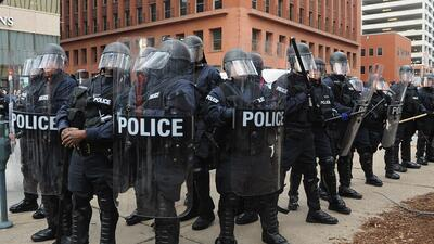 La feroz apariencia de algunas policías en EEUU se debe al equipamiento...