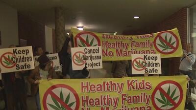 Protestan en El Monte por la posible apertura de centro de distribución de marihuana para uso medicinal
