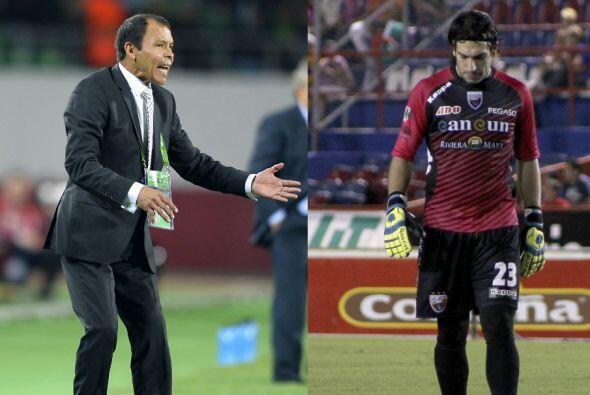 Jorge Villalpando Vs. José Guadalupe Cruz.En un duelo de Copa Libertador...