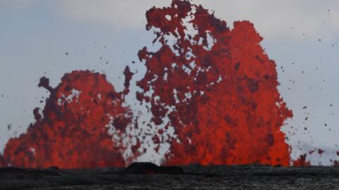 Las 'bombas de lava' también están siendo expulsadas desde las d...
