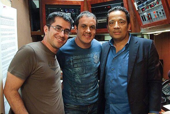 Cuauhtémoc Blanco llegó a Univision Radio en Chicago a hacer su show sem...