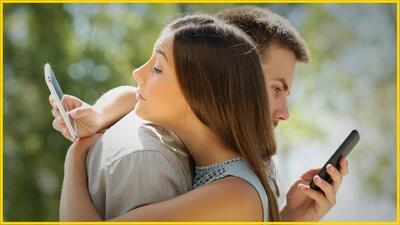 Tips Bronca Style: 4 señales de que tu pareja te esconde algo