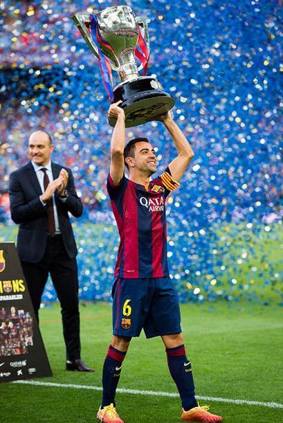 Todavía podrá levantar dos copas más si la suerte y el fútbol le acompañan.