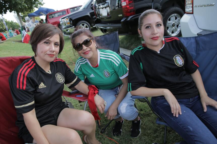 Fans Mex vs Arg Arlington Texas