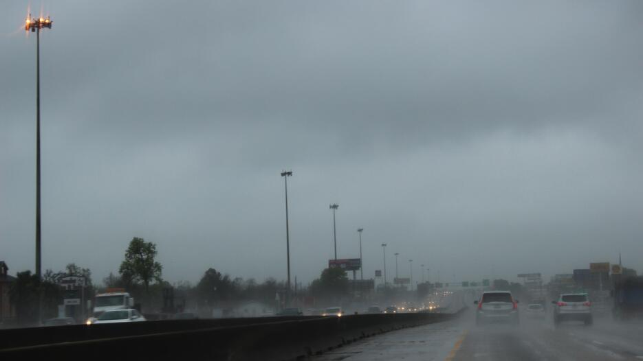 Segundo día gris y lluvioso en Houston Clima_severo_Houston4.jpg