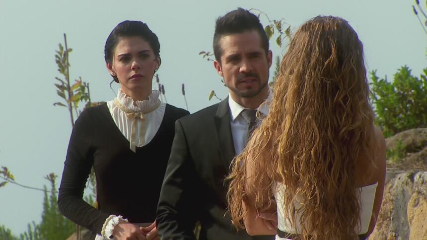 Livia Brito, José Ron y Candela Márquez