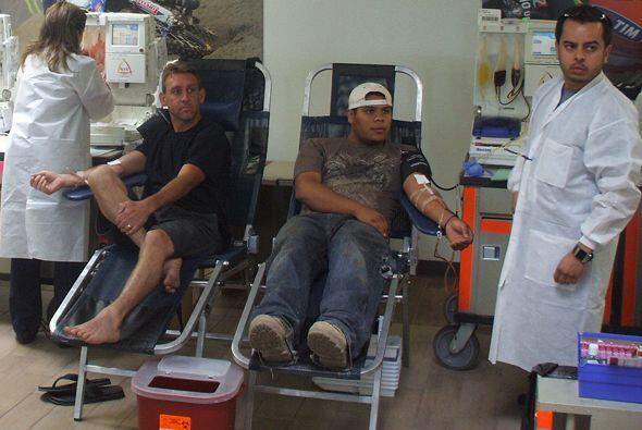 United Blood Drive y Barnett Harley Davidson realizaron una feria de don...