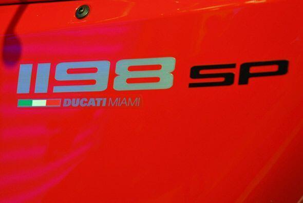 La Ducati 1198 SP es la moto de carreras más poderosa de la firma italiana.