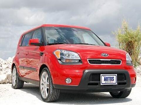 El Kia Soul 2010 es uno de los modelos más nuevos en la industria...