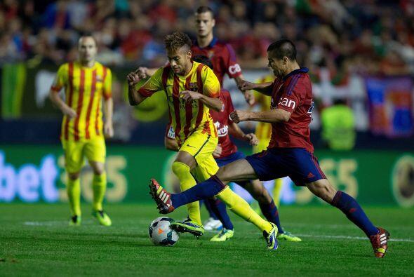 Los minutos fueron pasando y Barcelona siguió intentándolo.