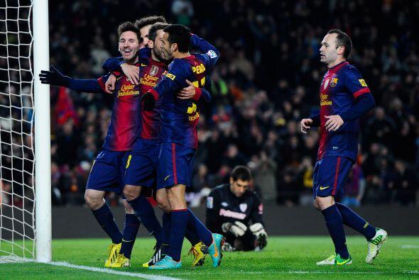 Lionel lideró a su equipo al triunfo por 5-1, marcó dos goles, hiló cuat...