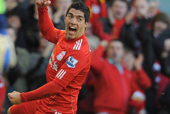 El uruguayo Luis Suárez fue el responsable de abrir el marcador p...
