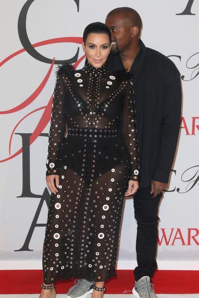 West está esperando su segundo hijo al lado de Kim Kardashian.