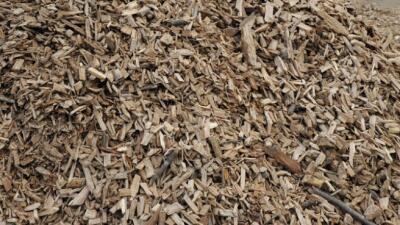 Palatine ofrece astillas de madera para embellecimiento de jardín a bajo costo