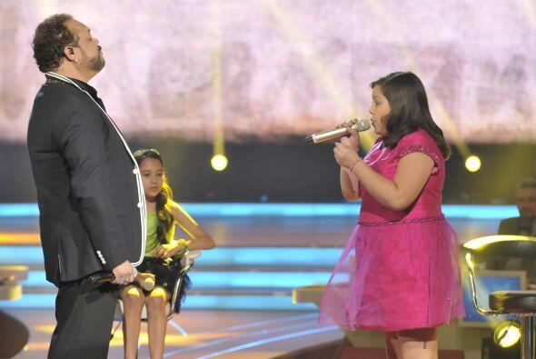 Dania y su potente voz fueron un gran complemento para el talento de Fra...