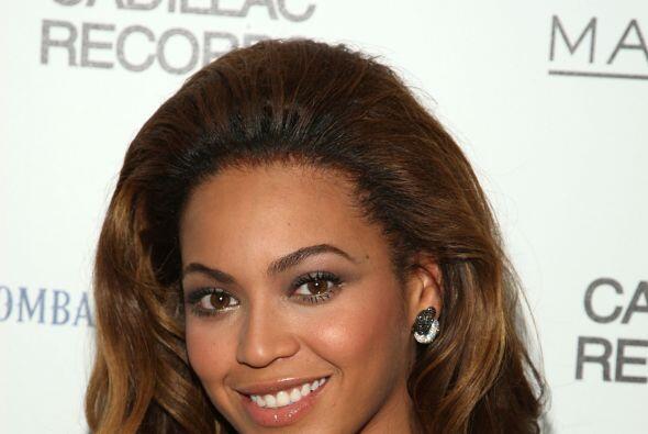 Beyoncé es guapísima, pero tambipen tiene lo suyo.