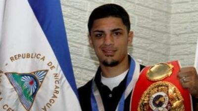 Randy Caballero canceló pelea por lesión (Foto: Twitter).