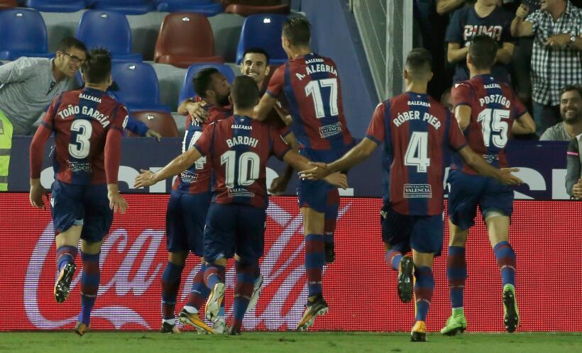 Real Sociedad y Carlos Vela fueron goleados por el Levante 6364163156115...