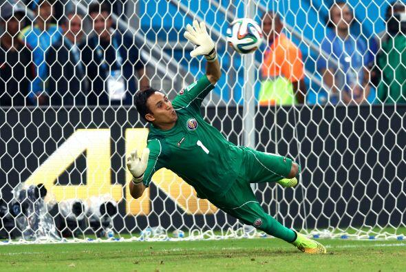Keylor Navas quien fue clave para que Costa Rica hiciera un papel histór...