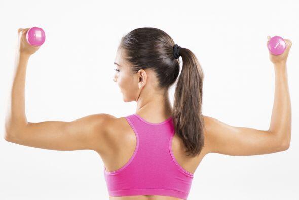 Si no logras dominarlos de este modo, más difícil te resultará con pesas.