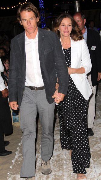 Según los rumores de Hollywood, Roberts sedujo a su esposo Danny Moder c...