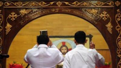 El sacerdote George Puthusseril fue investido como monseñor en enero de...