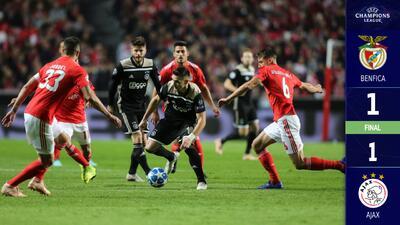 Los adolescentes del Ajax le propinaron nocaut técnico al Benfica