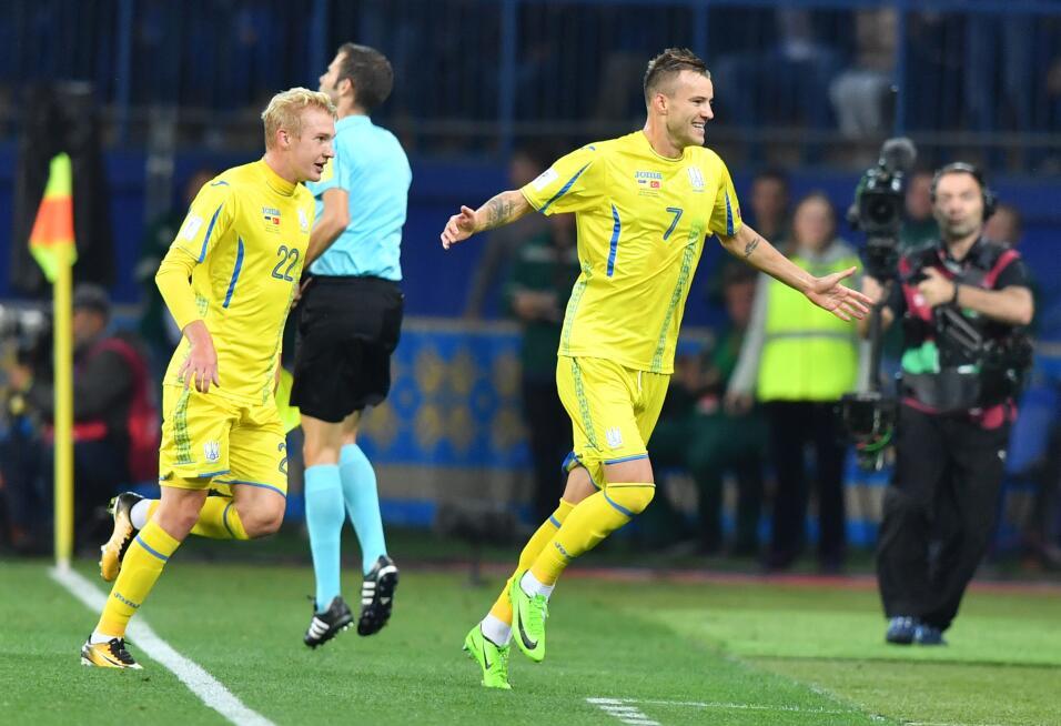 Ucrania - UEFA: Andriy Yarmolenko (Borussia Dortmund)